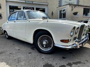 Picture of 1967 Jaguar 420 For Sale