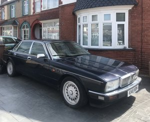 Jaguar Sovereign 4.0 Auto