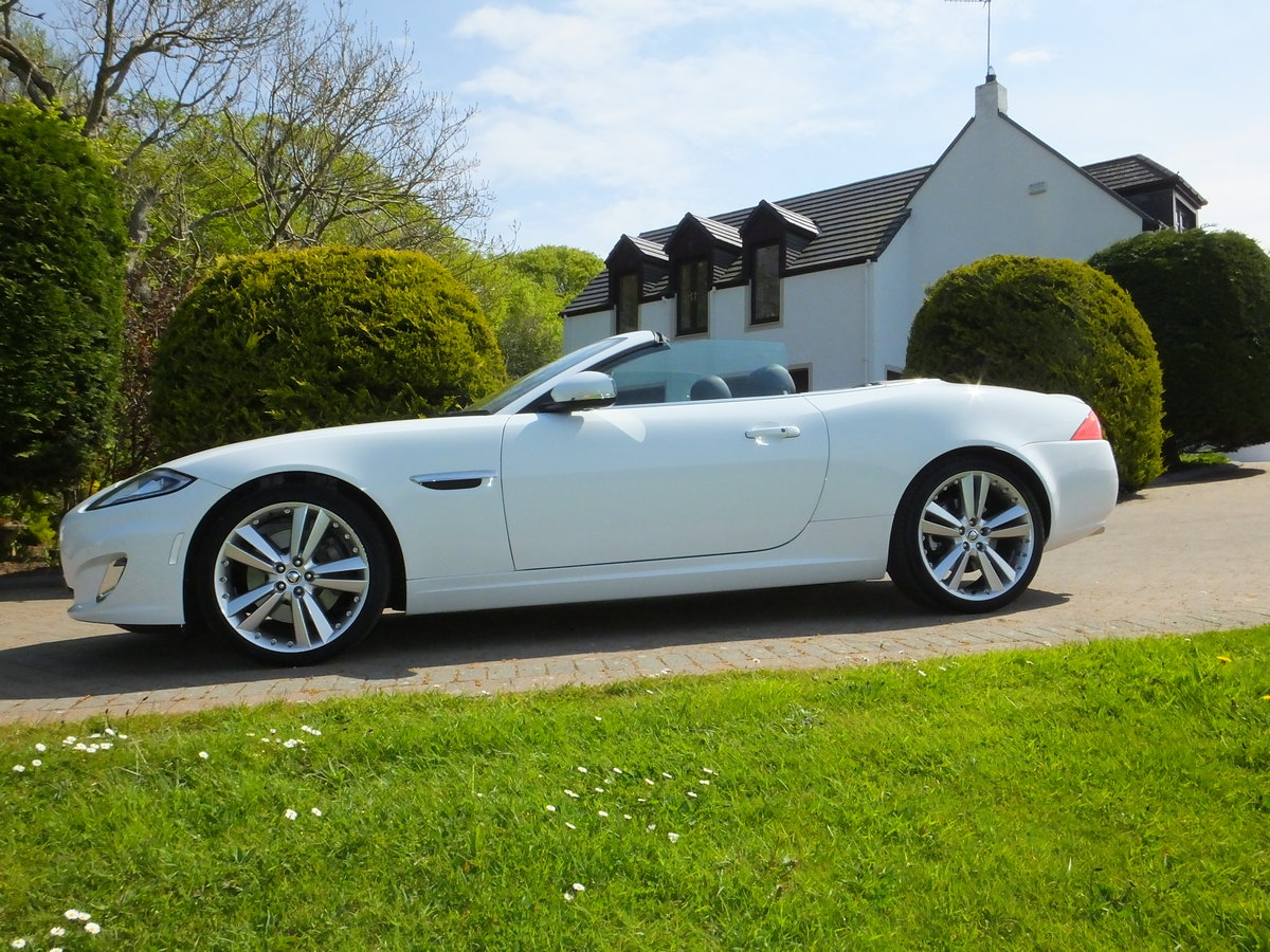 2012 Jaguar xk portfolio convertible12k miles REDUCED For Sale (picture 3 of 6)