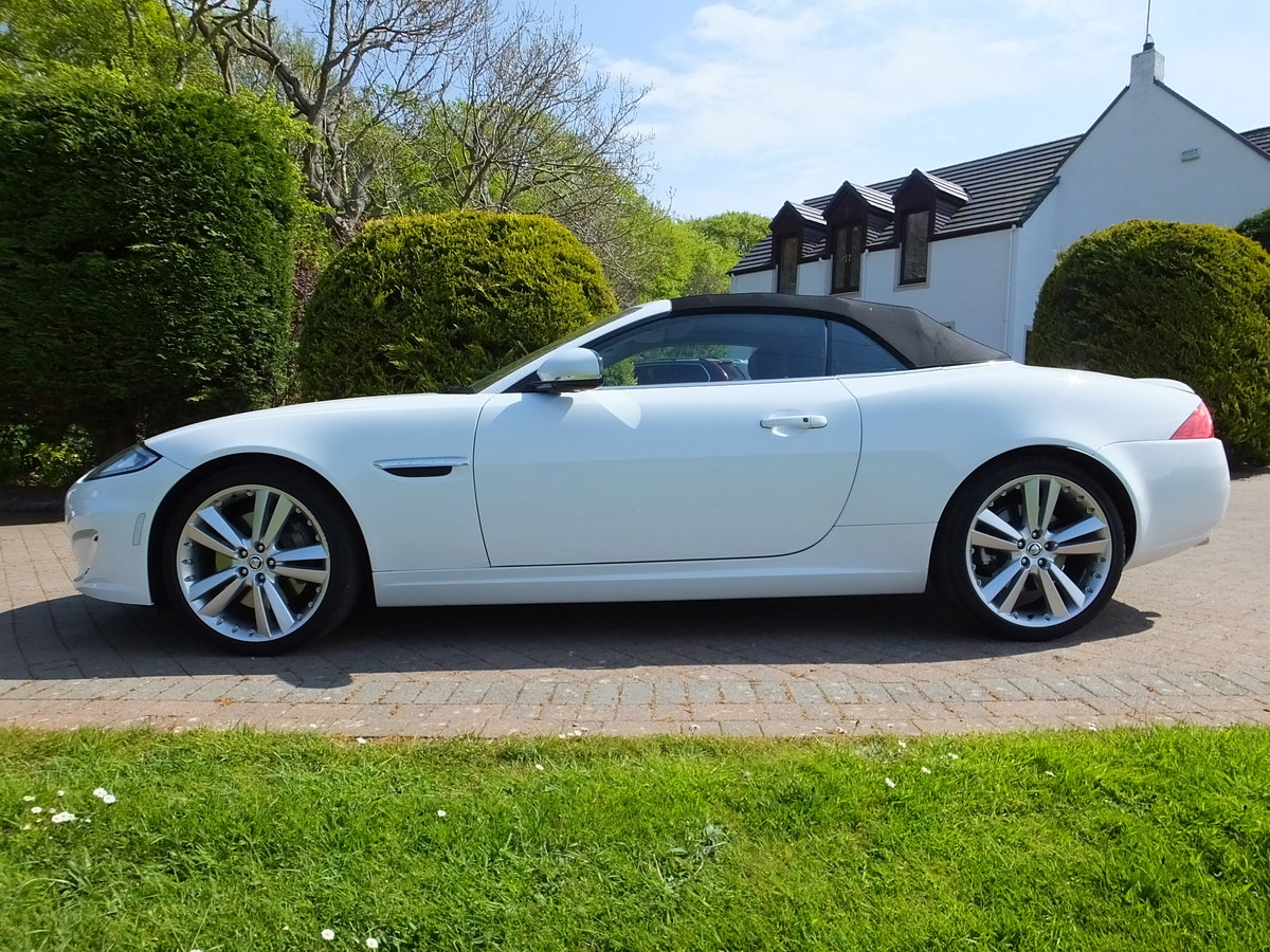 2012 Jaguar xk portfolio convertible12k miles REDUCED For Sale (picture 4 of 6)