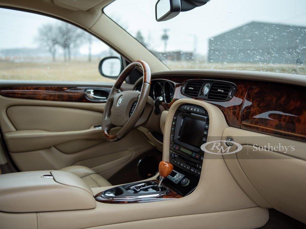 2006 Jaguar Super V8  For Sale by Auction (picture 4 of 6)