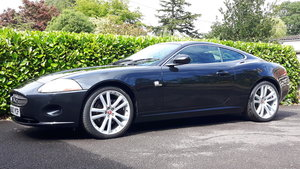 Jaguar XK 4.2 V8  - Elbony Black Metallic