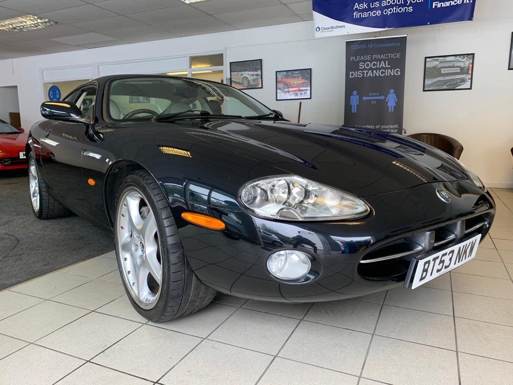 Picture of 2003 Jaguar XK8 4.2 coupe For Sale
