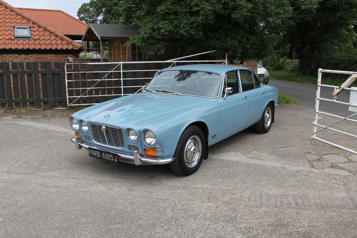 1970 Jaguar XJ6 2.8 Manual with Overdrive 47900 Miles For Sale (picture 4 of 24)