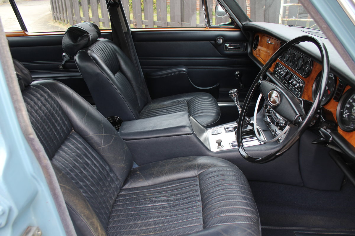 1970 Jaguar XJ6 2.8 Manual with Overdrive 47900 Miles For Sale (picture 9 of 24)