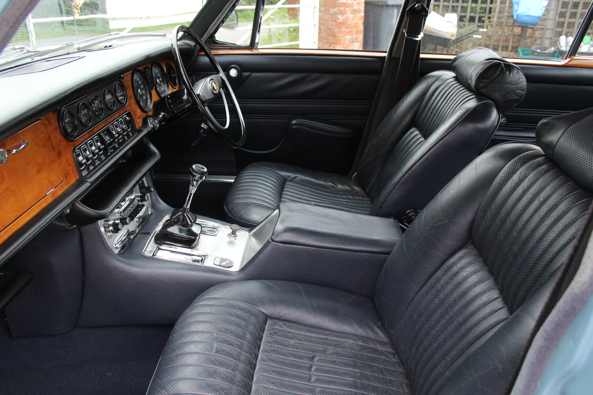 1970 Jaguar XJ6 2.8 Manual with Overdrive 47900 Miles For Sale (picture 12 of 24)