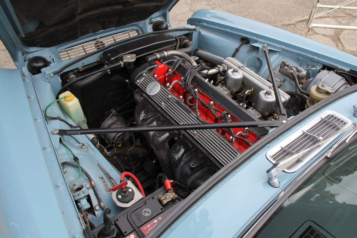 1970 Jaguar XJ6 2.8 Manual with Overdrive 47900 Miles For Sale (picture 16 of 24)