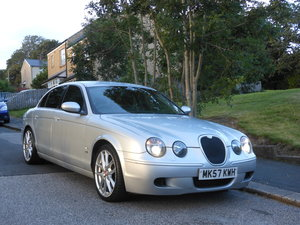 2007 Jaguar S-TYPE V8 R Auto 4.2 400BHP + FSH + FACELIFT For Sale