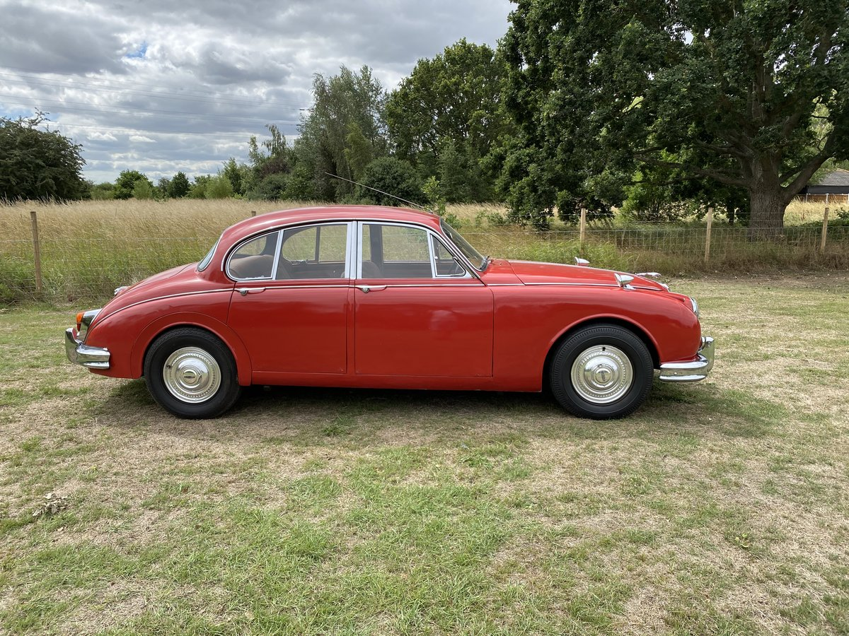 1967 Jaguar Mk2 3.4 RHD Special 10% off For Sale (picture 2 of 6)