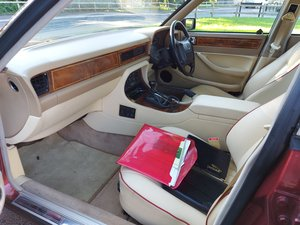 1994 Jaguar XJ40 Beautiful Example. 12 Month MOT
