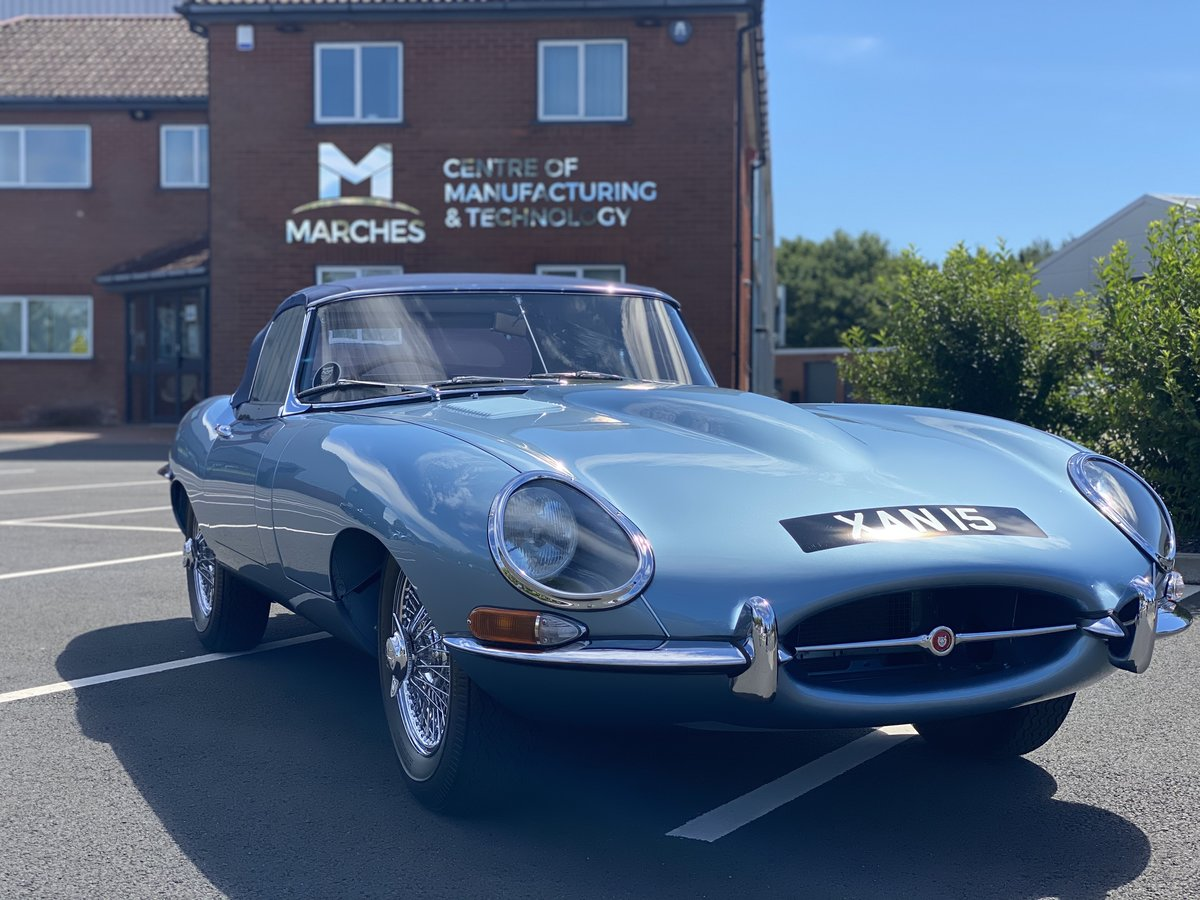 1962 Series 1 Jaguar 3.8 E-Type Roadster  For Sale (picture 1 of 6)