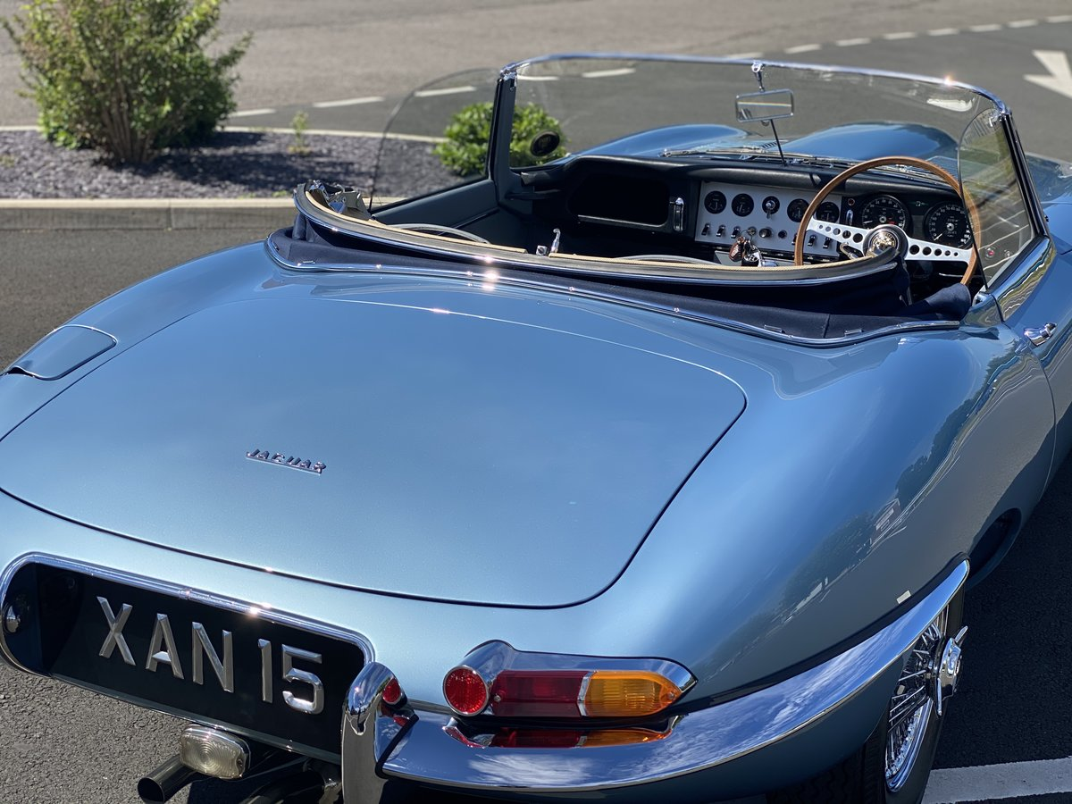 1962 Series 1 Jaguar 3.8 E-Type Roadster  For Sale (picture 3 of 6)