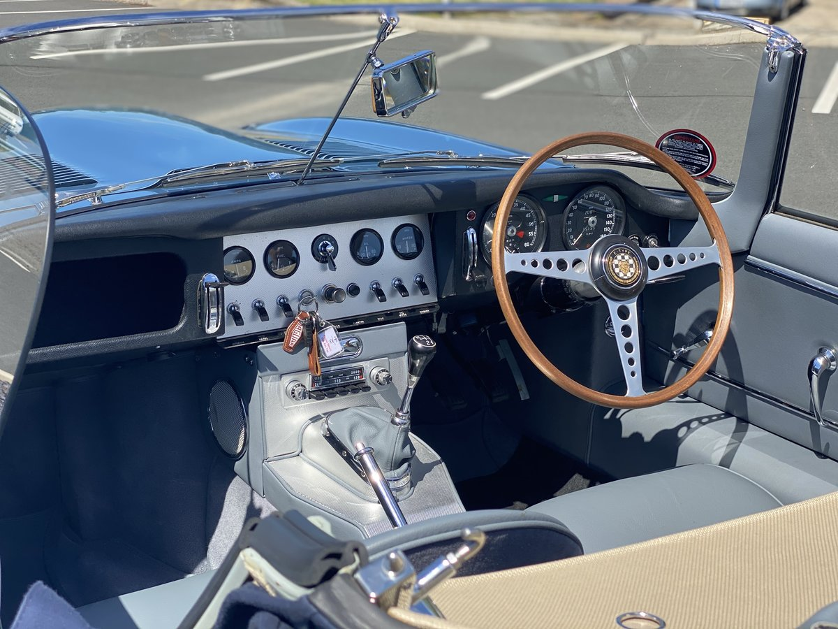 1962 Series 1 Jaguar 3.8 E-Type Roadster  For Sale (picture 4 of 6)