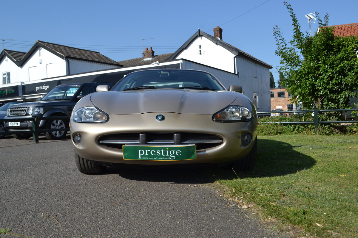1998 Jaguar XK For Sale (picture 5 of 6)