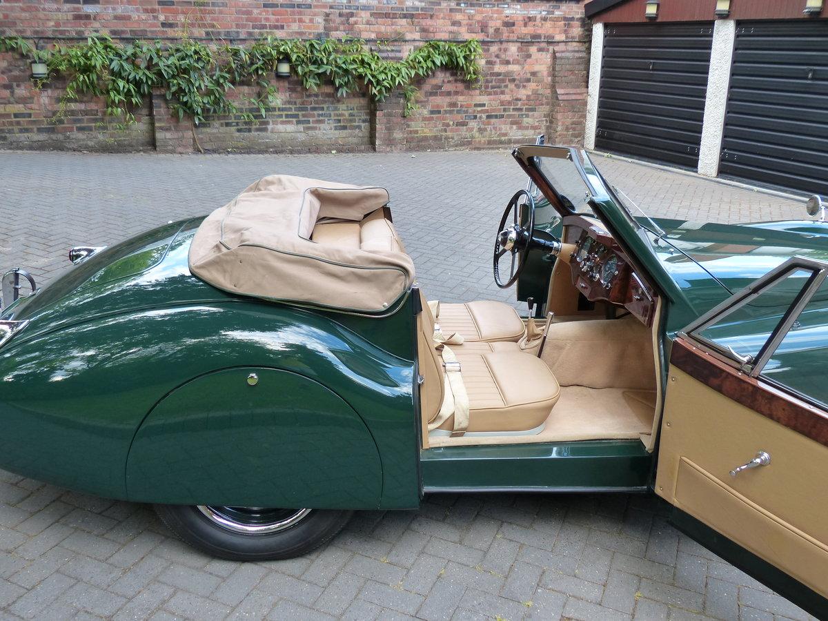 1953 Jaguar XK 120 Drop Head Coupe LHD For Sale (picture 5 of 6)