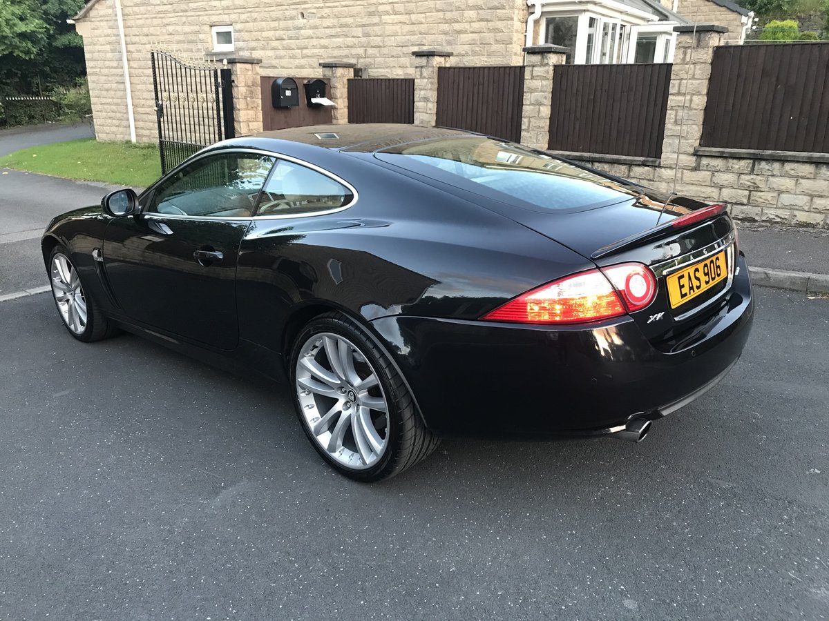 2006 Stunning JAGUAR XK 4.2 auto black with ivory For Sale (picture 3 of 5)