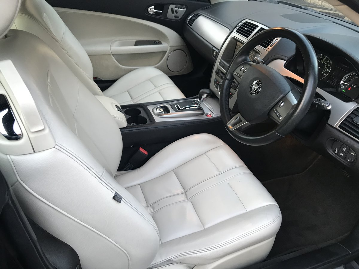 2006 Stunning JAGUAR XK 4.2 auto black with ivory For Sale (picture 5 of 5)