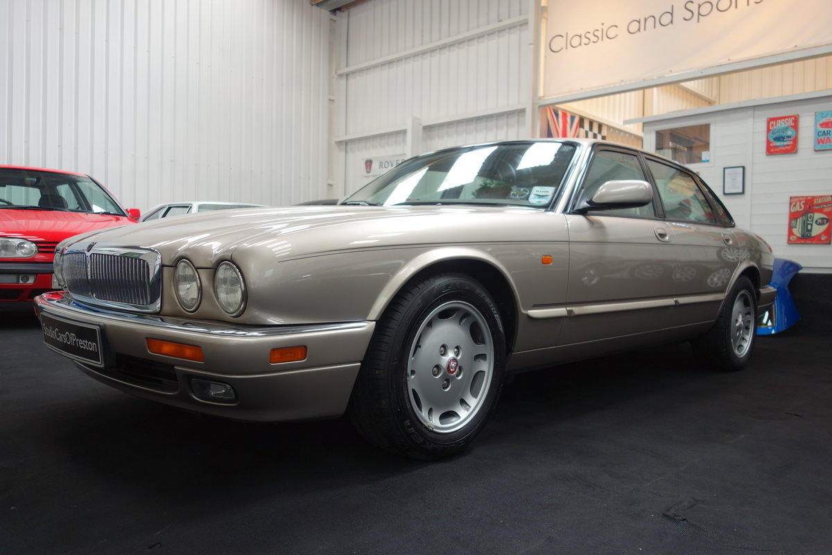 1997 Jaguar XJ6 4.0 Sport Immaculate and just 36'000 miles SOLD (picture 2 of 6)