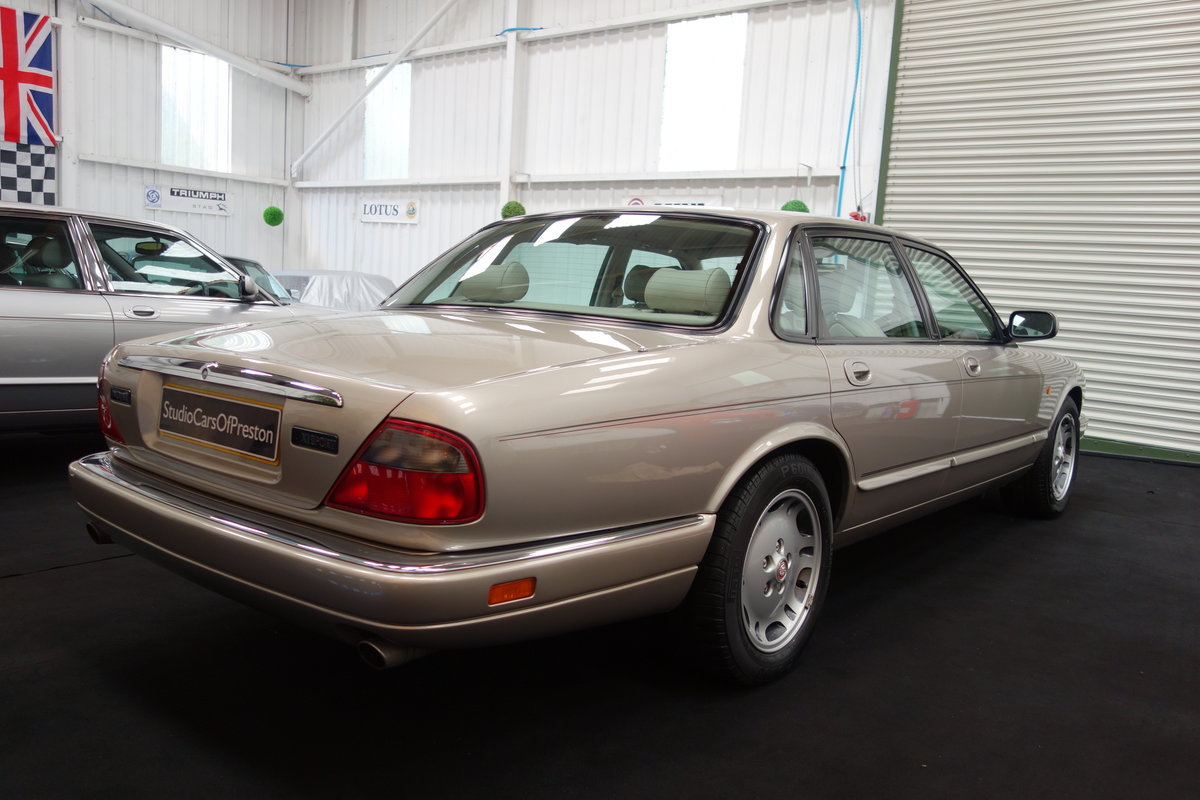 1997 Jaguar XJ6 4.0 Sport Immaculate and just 36'000 miles SOLD (picture 3 of 6)