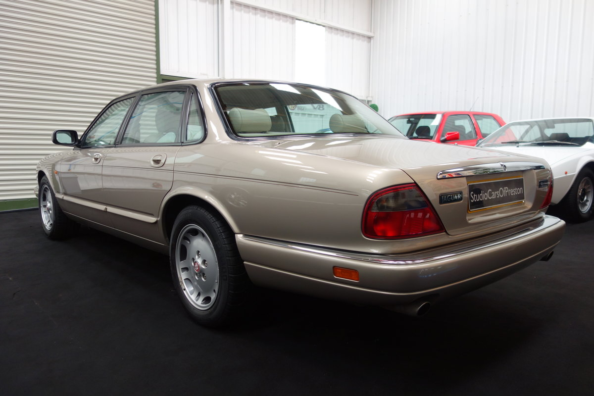 1997 Jaguar XJ6 4.0 Sport Immaculate and just 36'000 miles SOLD (picture 4 of 6)