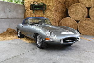 1965 Jaguar E-type Series 1 4.2 Roadster - E-Type Fully Restored For Sale