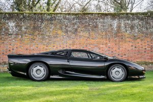 Picture of 1995 Jaguar XJ220