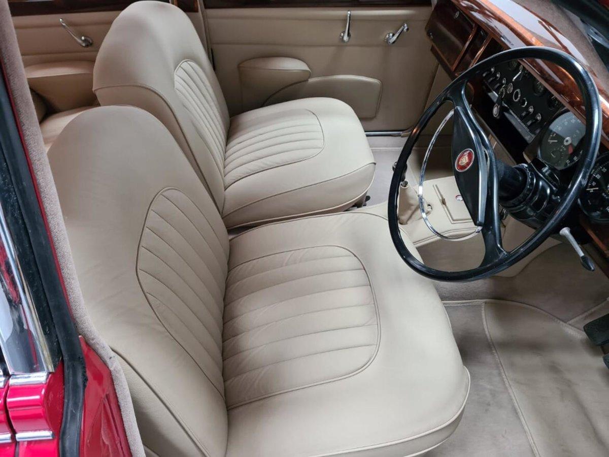 1961 Jaguar MK 2 3.8 For Sale (picture 5 of 6)