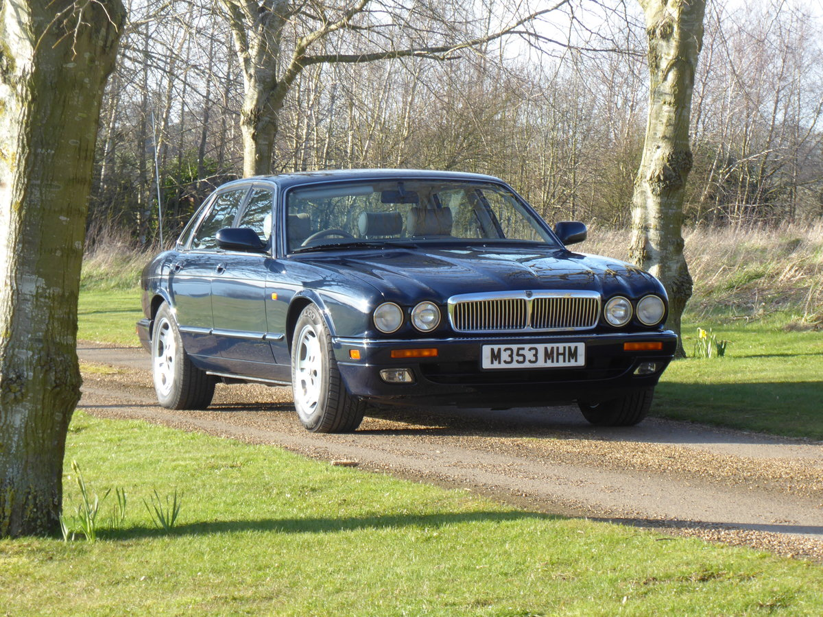 1995 Jaguar XJ6  54000 miles 1 x Owner 24 Years NOW SOLD SOLD (picture 1 of 6)