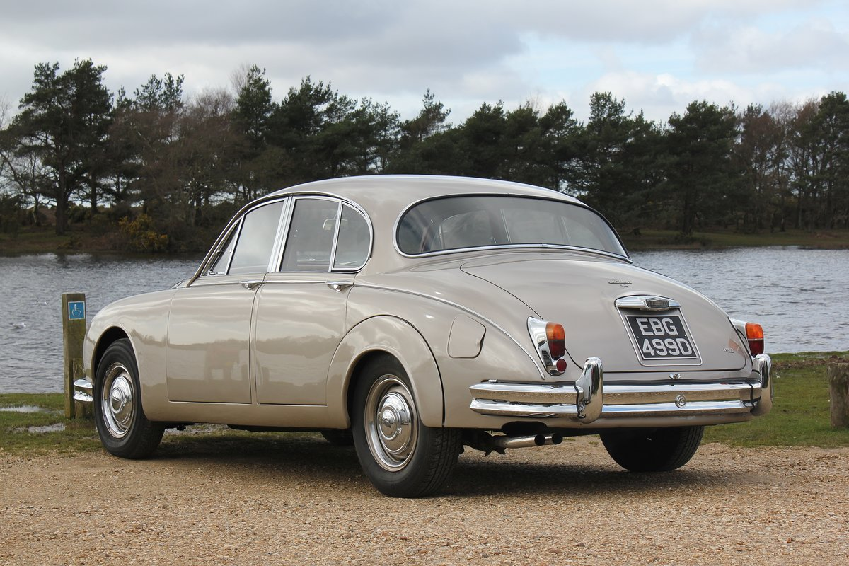 1966 Jaguar MK2 3.4L MOD matching numbers 70k miles For Sale (picture 3 of 6)