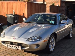 1999 Jaguar XKR coupe