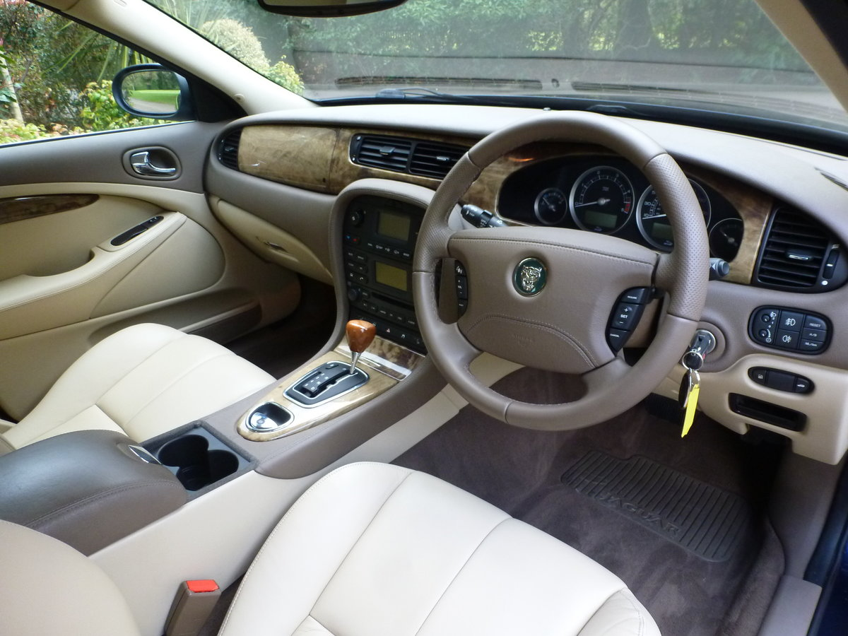 2006 Beautiful S Type SOLD (picture 4 of 6)