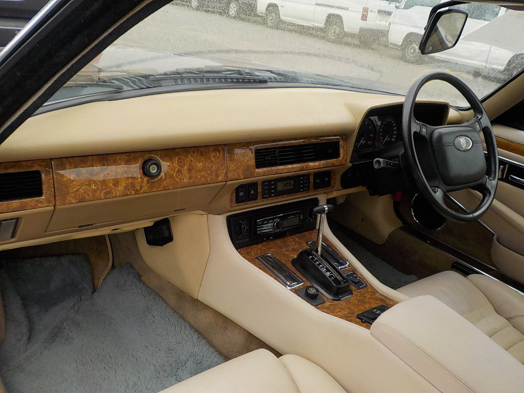 1991 JAGUAR XJS CONVERTIBLE 5.3 V12 RARE IMPORTED RHD AUTO * For Sale (picture 4 of 6)