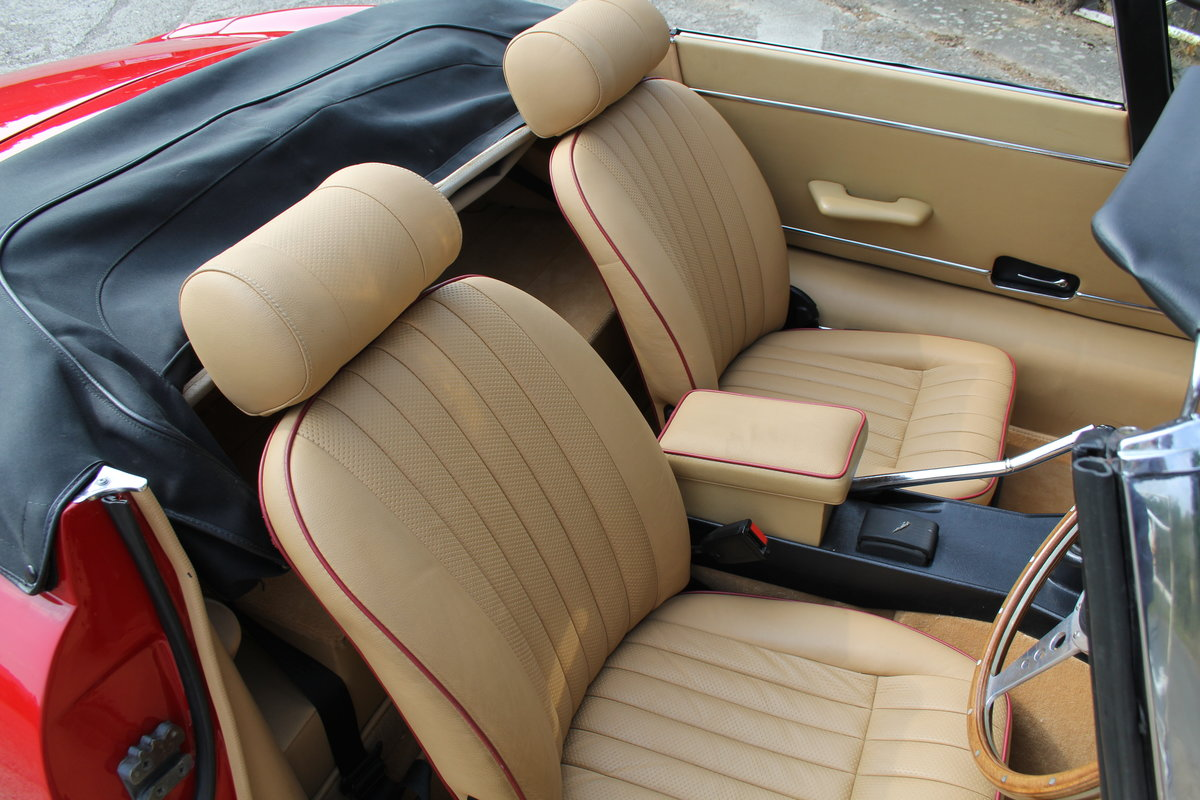 1973 Jaguar E-Type Series III V12 Roadster Matching No's UK car For Sale (picture 9 of 20)