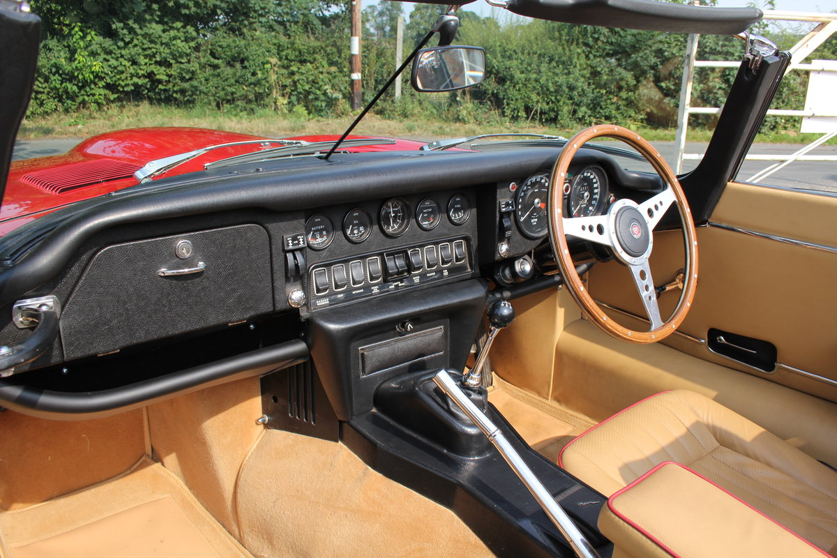 1973 Jaguar E-Type Series III V12 Roadster Matching No's UK car For Sale (picture 10 of 20)