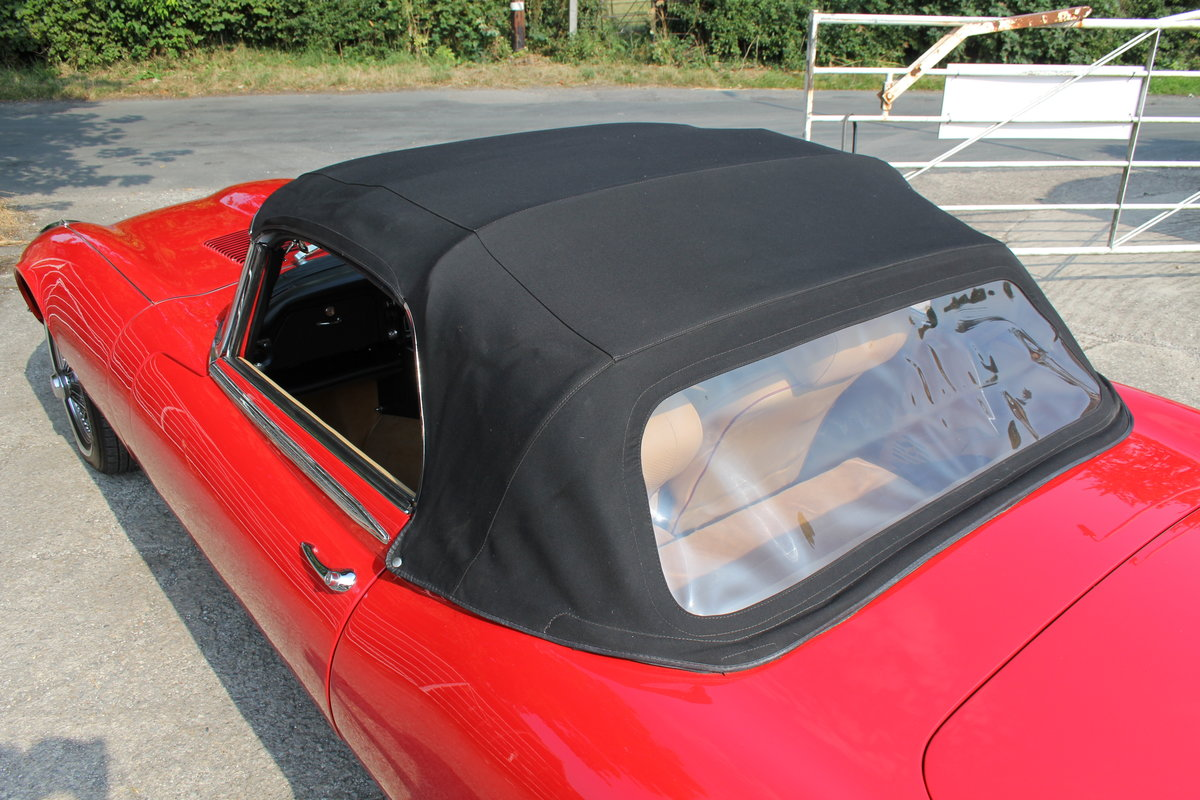 1973 Jaguar E-Type Series III V12 Roadster Matching No's UK car For Sale (picture 18 of 20)