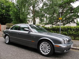 Picture of 2004 JAGUAR XJ 3.0 X350 AUTOMATIC XJ6 SE  2 OWNERS 44800m FSH