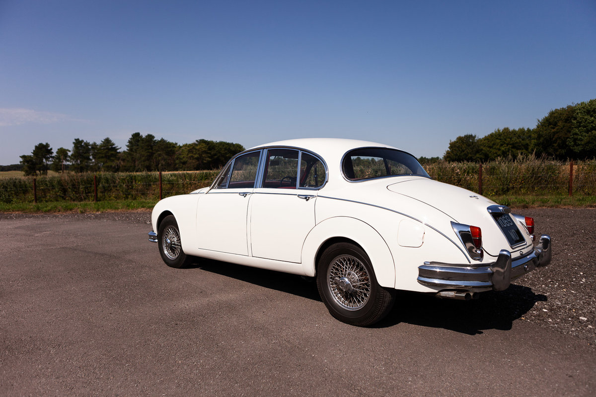 1962 Jaguar Mark ll 3.4, Manual with Overdrive For Sale (picture 2 of 6)