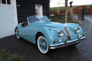 Picture of 1956 Jaguar XK140 SE Roadster (ex. Roy Rogers) For Sale