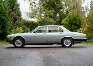 Picture of 1983 Jaguar XJ6 Series III (4.2 litre) For Sale by Auction