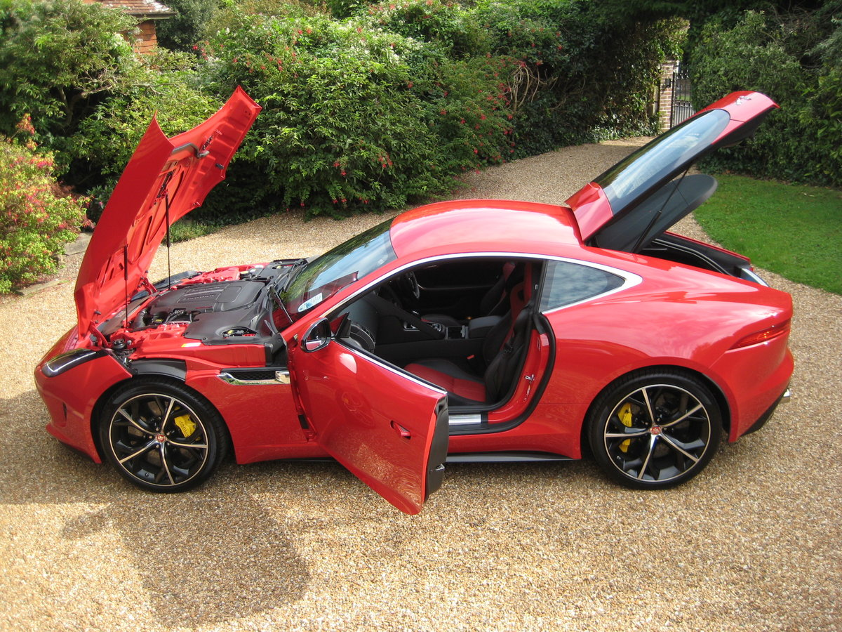 2014 Jaguar F-Type R V8 Just 1,824 Miles With 1 Owner From New For Sale (picture 5 of 6)