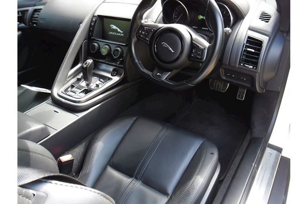 2016 JAGUAR F TYPE R For Sale (picture 5 of 6)