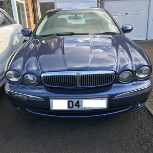 Jaguar 2.0L Manual 5 Speed Diesel SE Saloon