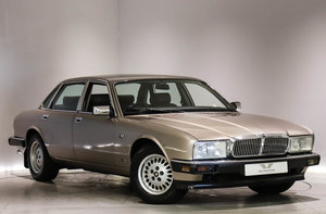 1987 JAGUAR SOVEREIGN SALOON 3.6 4dr Auto