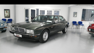 Picture of 1986 Royally Owned Jaguar XJ40 Soverign 3.6