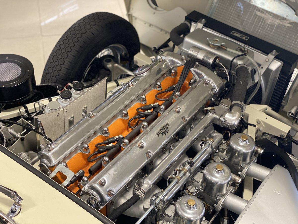 1961 Jaguar E Type Roadster Outside Bonnet Lock For Sale (picture 4 of 6)