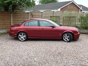 Jaguar S Type 4.2 V8 R