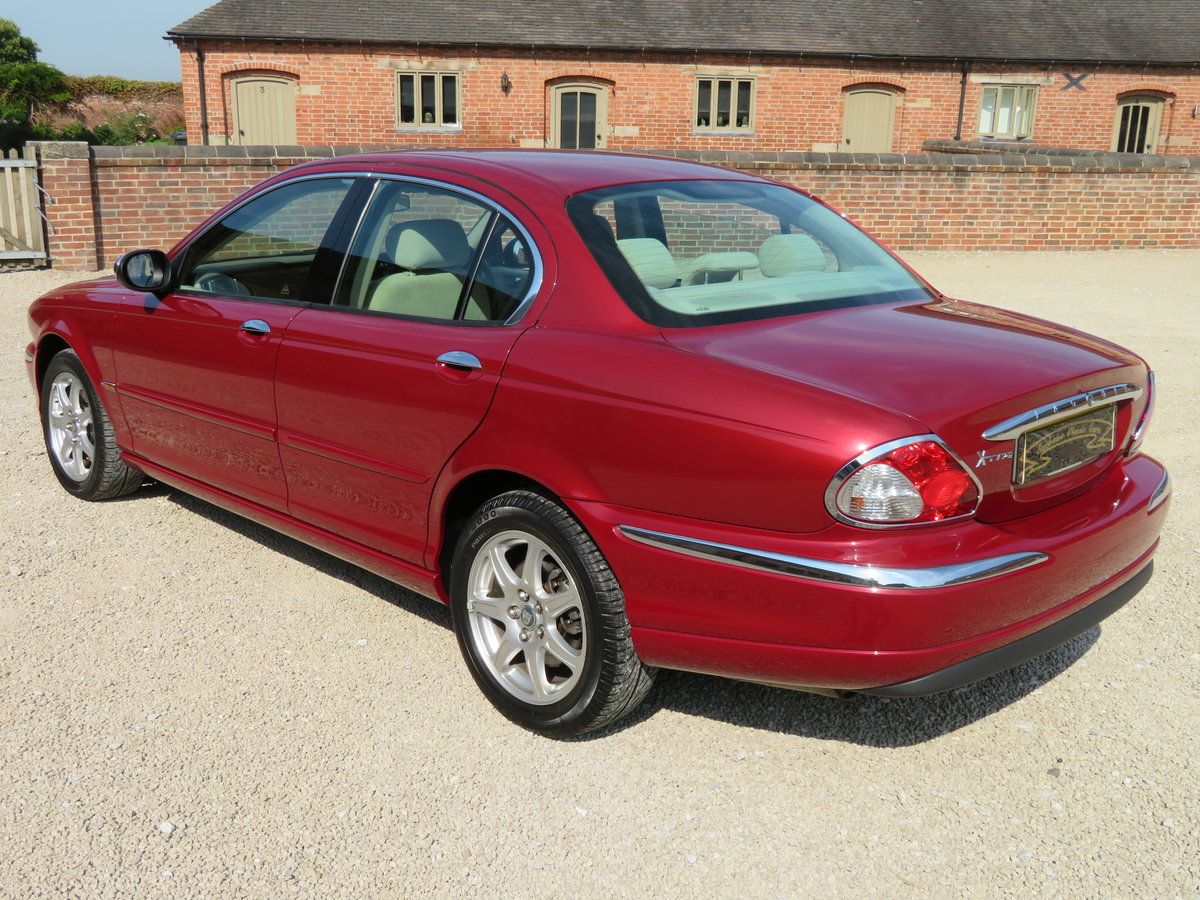 2002 JAGUAR X TYPE 2.1 RARE MANUAL 10K MILES FROM NEW GENUINE For Sale (picture 6 of 6)