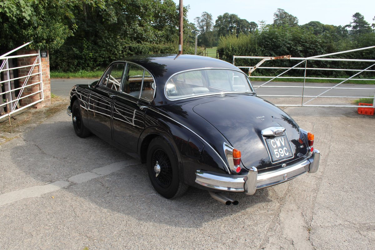 1965 Jaguar MkII 3.4 Manual with Overdrive, Over 25K Spent For Sale (picture 4 of 18)