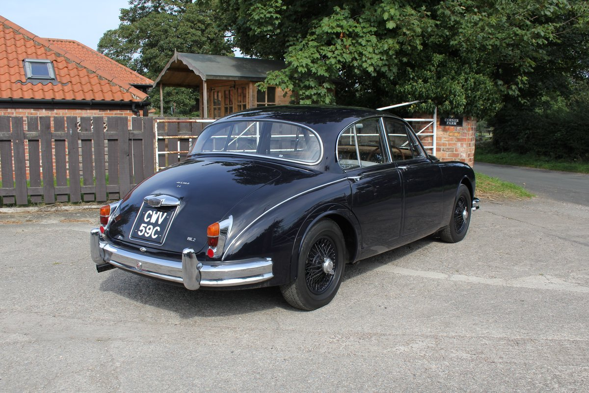 1965 Jaguar MkII 3.4 Manual with Overdrive, Over 25K Spent For Sale (picture 6 of 18)