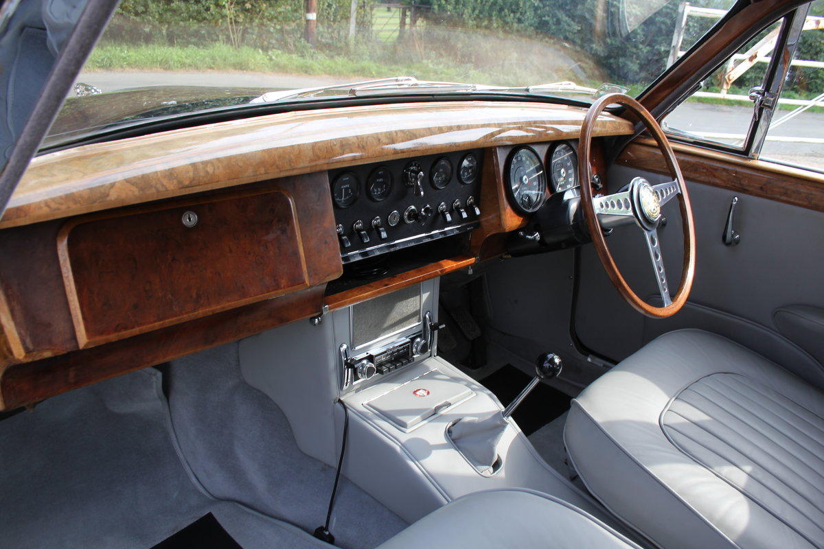 1965 Jaguar MkII 3.4 Manual with Overdrive, Over 25K Spent For Sale (picture 10 of 18)